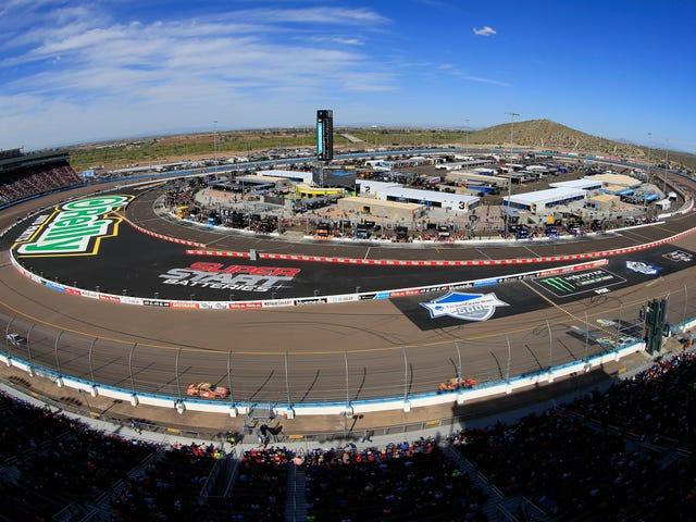 Cuộc đua quyết định giải vô địch sê-ri NASCAR Cup sẽ chuyển sang một đường đua mới vào năm 2020
