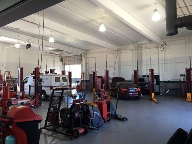 """Car Mechanics """"Cross-train"""" using Crossfit Techniques"""