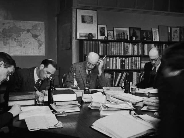ジョージオーウェルとジェームズジョイスの本を拒否するTSエリオットをお楽しみください