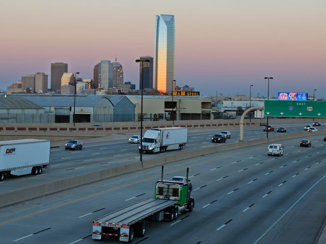 Citations Piling Up After Oklahoma Passes Law Forbidding Highway Travel In The Left Lane