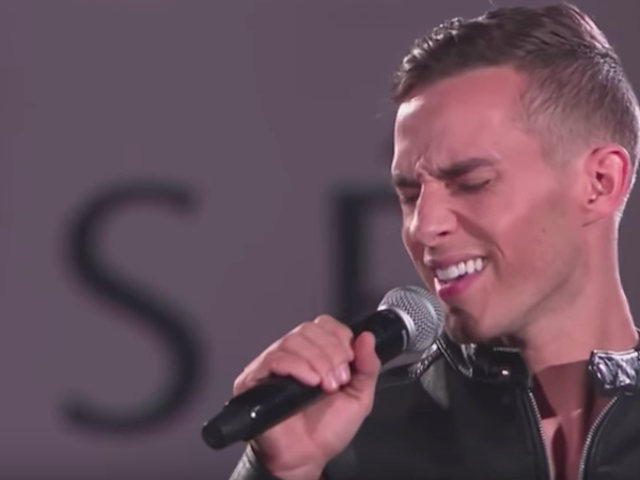 That Time Adam Rippon Sang A Rihanna Song And Then Skated To It