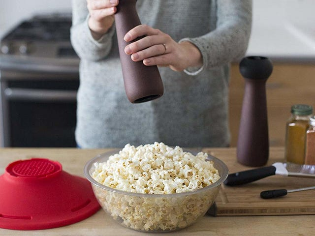The Best Microwave Popcorn Poppers for Your Next Streaming Binge