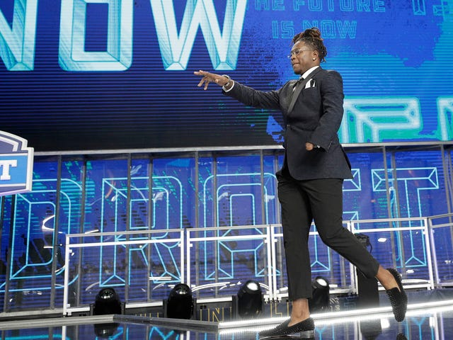 One-Handed Linebacker Shaquem Griffin Drafted By The Seahawks, Who Employ His Twin Brother