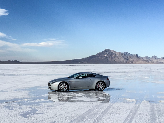 Here's How Fast An Aston Martin V8 Vantage Is On The Bonneville Salt Flats