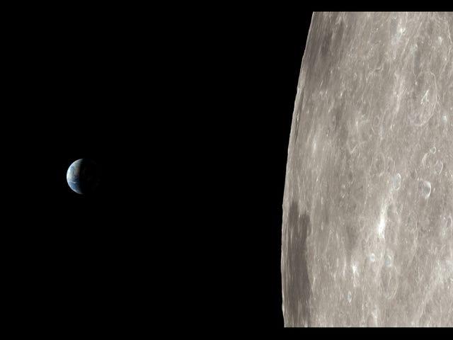 Thoát khỏi đại dịch kinh hoàng bằng cách trải nghiệm sứ mệnh Apollo 13 trong thời gian thực