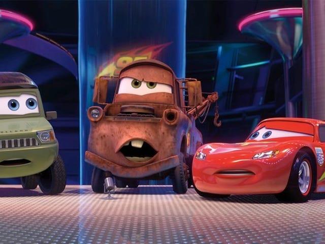 <i>Cars 3</i> sẽ giới thiệu một nhân vật mới hấp dẫn với thông tin công nghệ cao