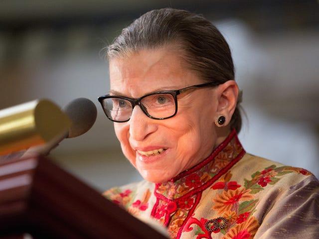 """Ruth Bader Ginsburgin neuvoja korkeimmalle tuomioistuimelle ja avioliittoon: se auttaa olemaan """"pieni kuuro"""""""