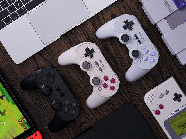 8Bitdo's Fully Customizable Switch Gamepad Is Up For Preorder