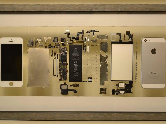 Su iPhone dejó de funcionar, así que lo desmontó y lo que funcionó en una pieza de decoración