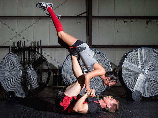 These CrossFit Freaks Took Amazing Engagement Photos