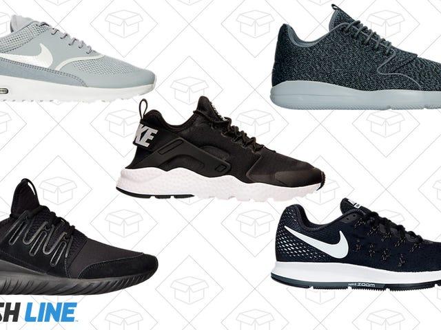 Grijp een aantal Running Shoes U zult waarschijnlijk nooit in 20% op de Finish Line lopen