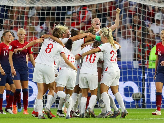 Lucy Bronze's Stunning Goal Completes England's Demolition Of Norway