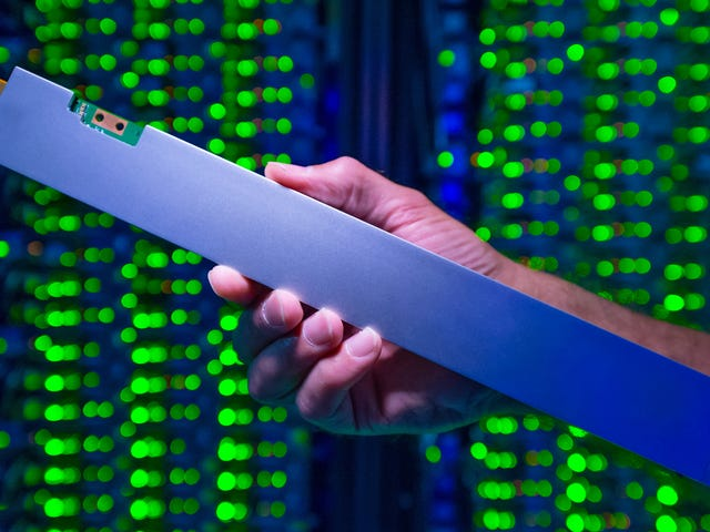 Intel Says It Made the 'World's Densest' SSD By Cramming 32-Terabytes Into the Shape of a Ruler