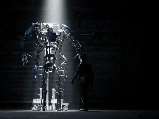 일본 Exoskeleton 한 벌은 단지 $ 93,000를 위해 판매에 간다
