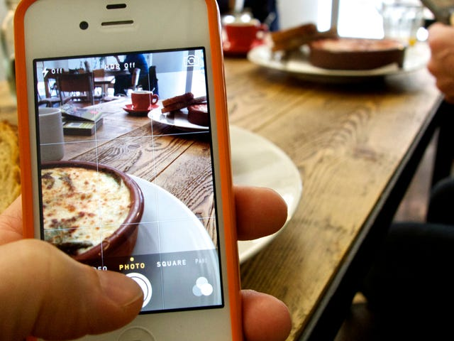 This App Can Choose Your Best Photos For You