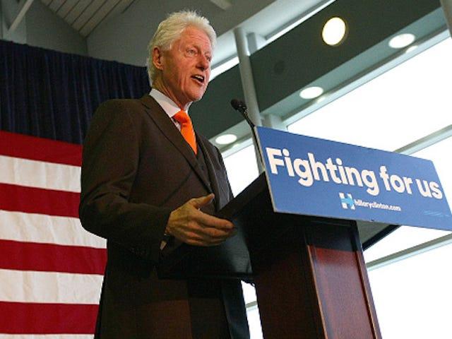 Bill Clinton no tiene frío de campaña, y eso podría dañar a Hillary