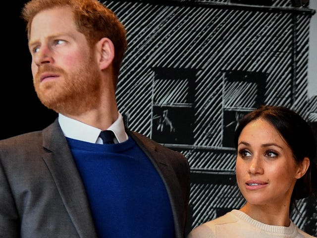 Meghan and the Royal Family Are Reportedly Scrambling to Convince Her Father to Attend the Big Wedding<em></em>