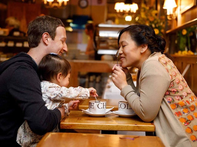 ¿Por qué debería considerar el espaciamiento de su permiso parental, al igual que Mark Zuckerberg