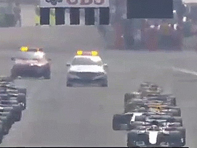 Lewis Hamilton hat den Start in Monza komplett gegabelt