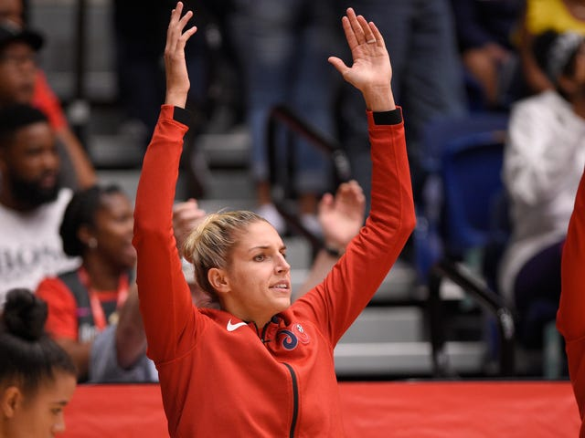 Elena Delle Donne Will Somehow Start Game 4 After Nasty Knee Injury
