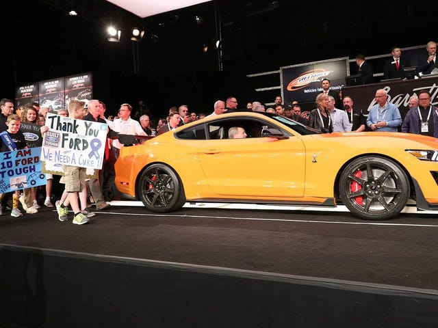 First 2020 Shelby GT500 Sold for 1.1 Million Dollars at Barrett Jackson, to the CEO of Barrett Jackson