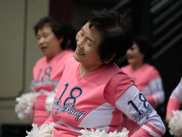 The Secret to a Long, Happy, and Healthy Life Is Cheerleading