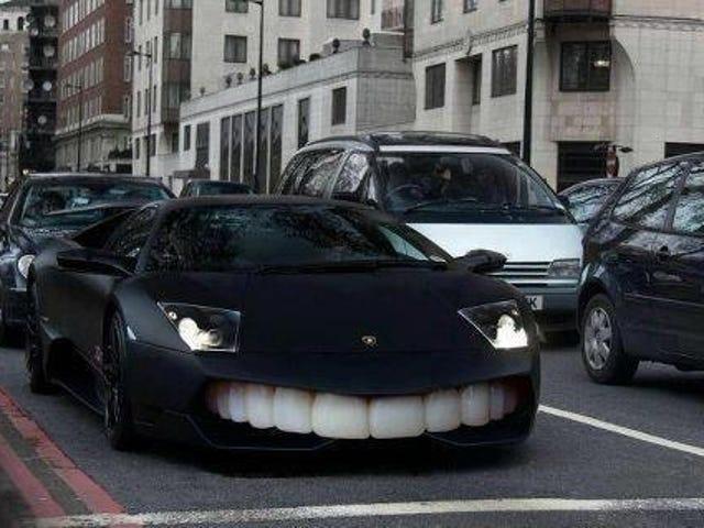 Ich kam eine halbe Stunde früher in die Zahnarztpraxis