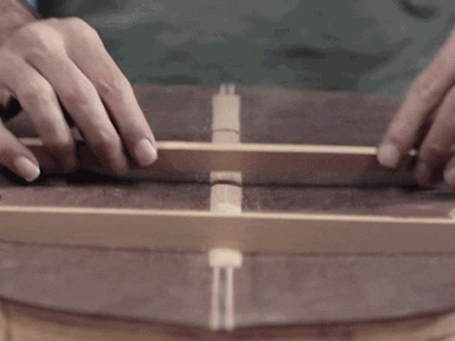Video: The incredible skill of hand making a guitar out of wood