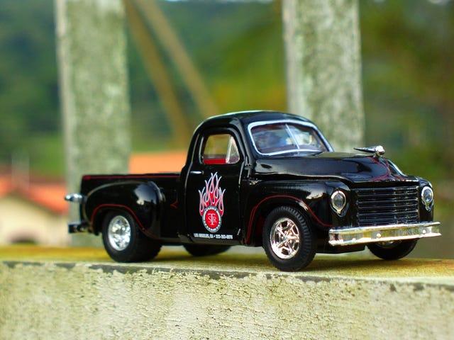 LaLD car week - Black beauty