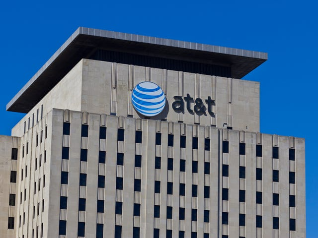 Federal Judge Rules AT&T Can Purchase Time Warner for $85 Billion