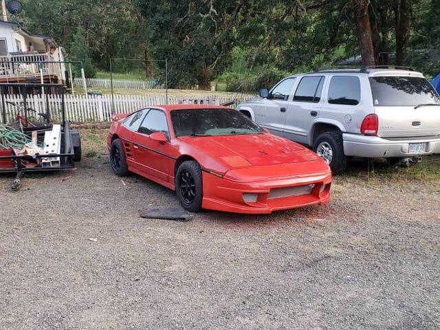 Hmm, a fiero for sale ....