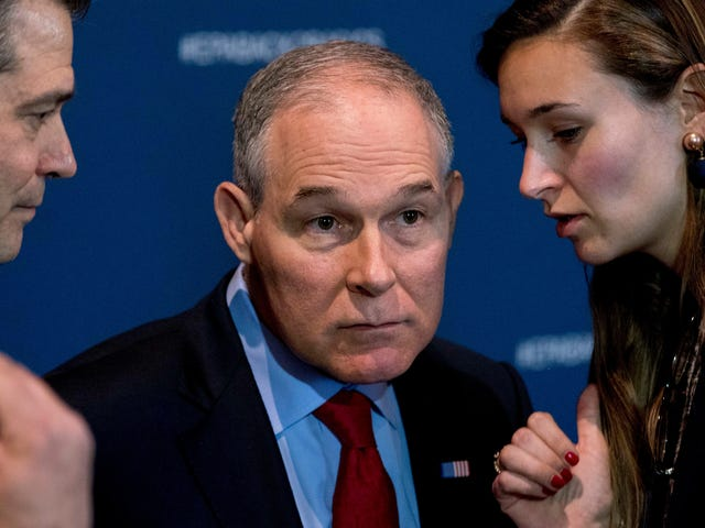 Scott Pruitt Announces EPA to Be More Transparent, Doesn't Invite Press