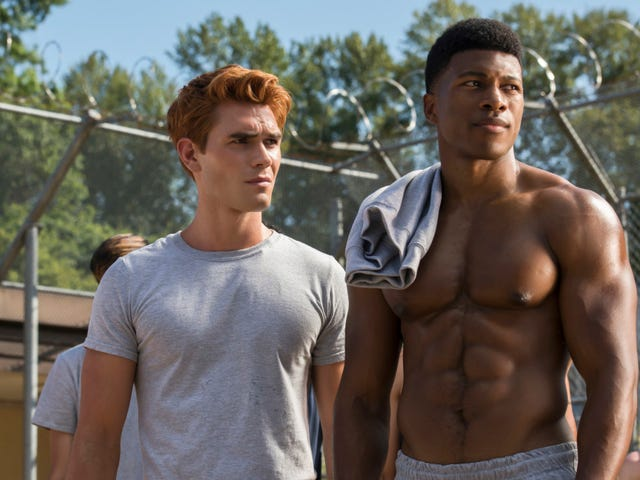 The glory of Mad Dog: Dial M For Maple interviews Riverdale and Pearson's Eli Goree