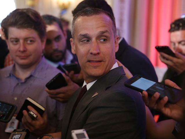 Pengurus Kempen Trump yang Didakwa untuk Bateri yang Diketuai oleh Reporter Breitbart