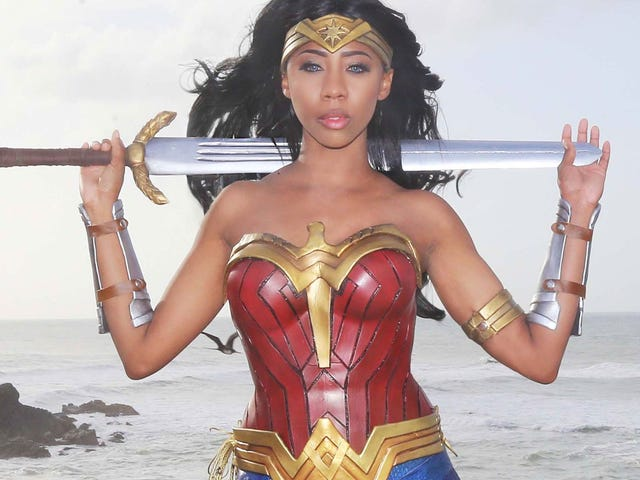 Wonder Woman Cosplay Is Here To Save The Day