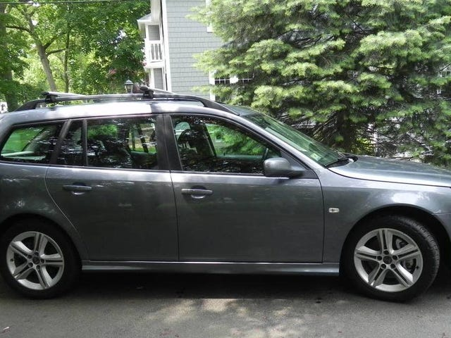At $7,500, Does This 2009 Saab 9-3 Combi Have What it Takes?