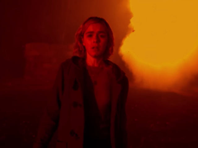 """<a href=""""https://news.avclub.com/netflixs-chilling-adventures-of-sabrina-has-zombies-bl-1829492660"""" data-id="""""""" onClick=""""window.ga('send', 'event', 'Permalink page click', 'Permalink page click - post header', 'standard');"""">Netflix&#39;s<i>Chilling Adventures Of Sabrina</i>has zombies, black cats, other cool Halloween stuff</a>"""