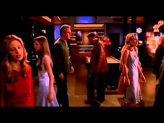 """""""Où allons-nous à partir d'ici?""""  -Buffy the Vampire Slayer- """"Encore une fois, avec émotion"""" -S06E07-"""