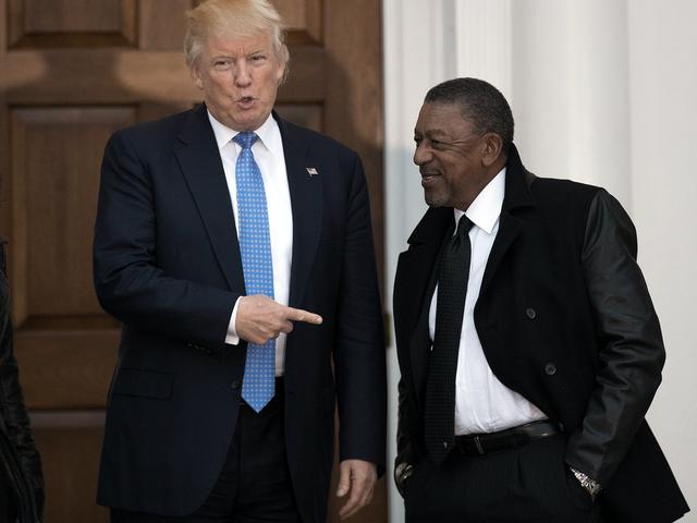 Robert Johnson Capes para Trump Over Black Desempleo números (o algo)