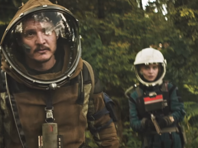 The Sci-Fi Gold Rush Gets Dark and Dirty in the Latest <i>Prospect </i>Trailer