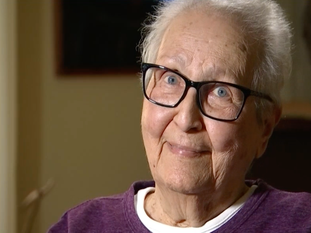 Bitcoin Scammers Try and Fail to Sextort 86-Year-Old Woman Who Just Wanted a Free Bagel