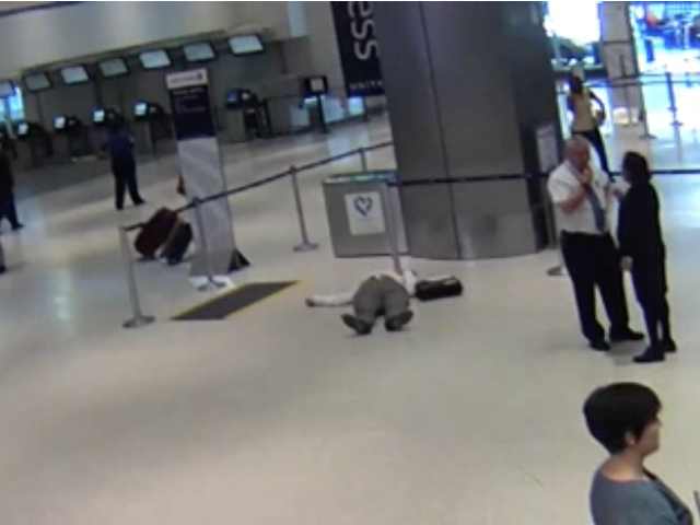 United Apologizes After Video Surfaces of Houston-Based Employee Pushing Passenger, 71, to Floor After Argument