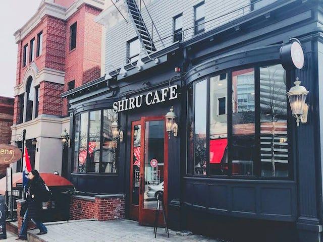 ¿Cederías tus datos por café gratis?  Esta cadena de cafeterías japonesas te propone justo eso