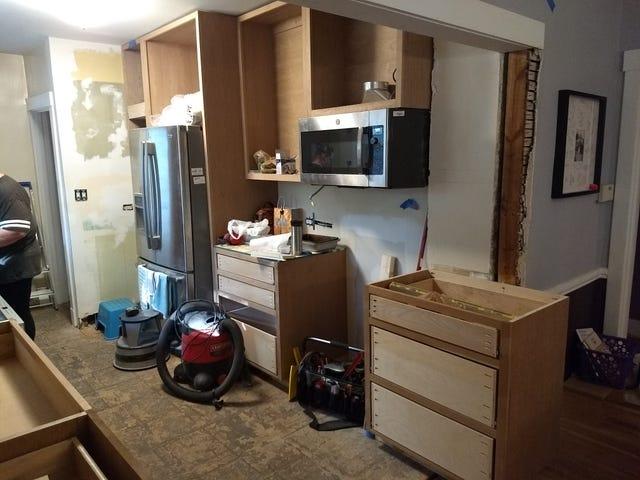 Moar cabinets!