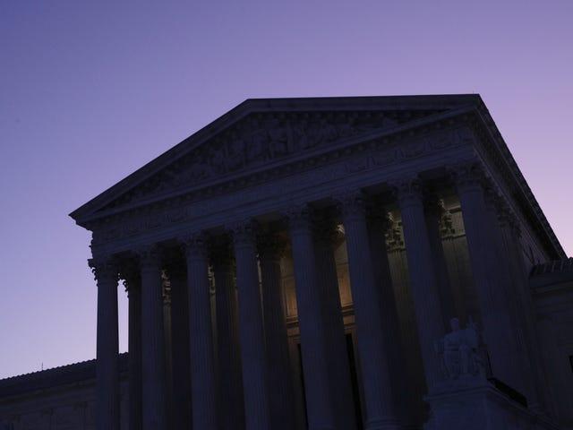 Högsta domstolen tar upp ett fall som kan avgöra framtiden för rättslig abort [UPPDATERAD]