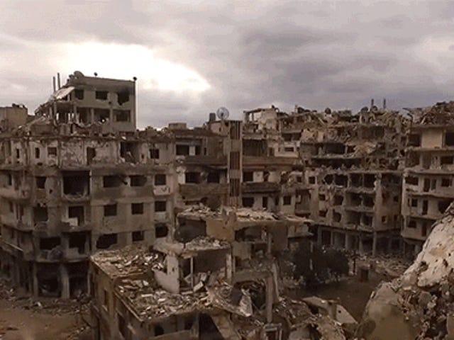 De vernietiging veroorzaakt door de oorlog in Syrië is verwoestend