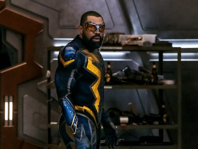 Black Lightning joins the Arrowverse in the third hour of Crisis On Infinite Earths