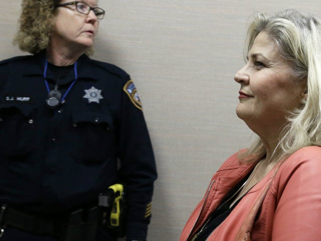 Sandra Merritt, Charged in Planned Parenthood Sting, Turns Herself In