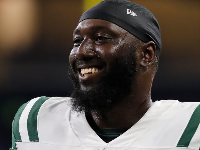 "Muhammad Wilkerson's Mom Goes On Radio To Blast Reporter Who Said Her Son Had ""Issues With Alcohol"""