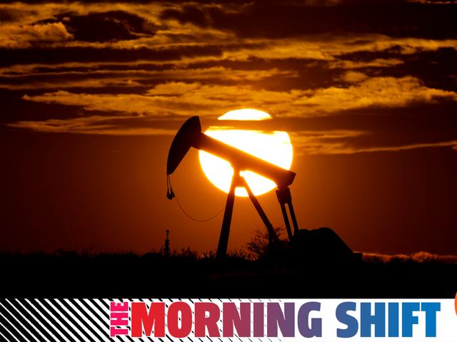 Làm thế nào mà thị trường dầu đã rối tung lên